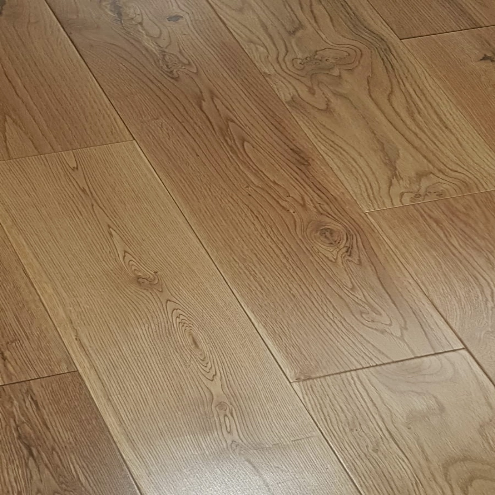 Natural Rustic 150 Wide Lacquered, 14mm Thick Laminate Flooring