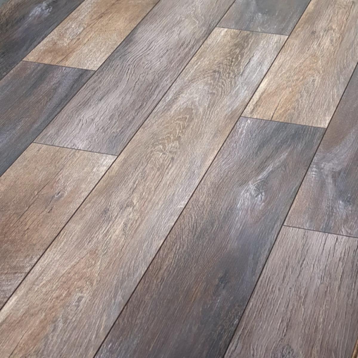 Oak Rustic Ac5 Laminate Flooring, Textured Laminate Flooring Rustic Oak