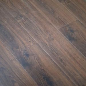 Egger lasken oak 8mm laminate flooring