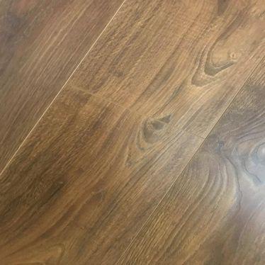 Oak dark coffee 12mm v groove laminate flooring