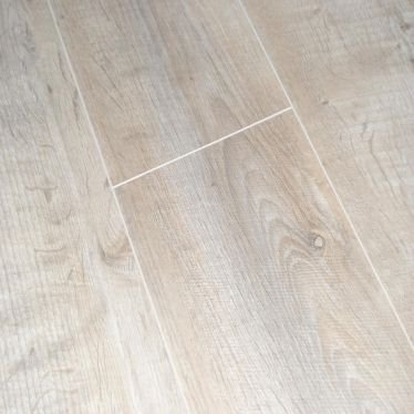BerryAlloc 8mm Liverpool Oak V Groove Laminate Flooring