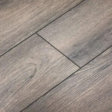 Krono oak lazio laminate flooring in 8mm v groove