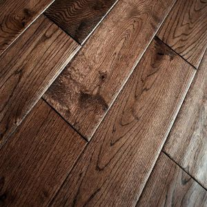 Coffee oak lacquered handscraped 18mm solid wood flooring