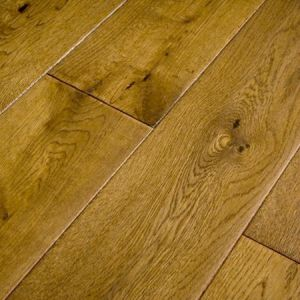 Golden Oak hand scraped lacquered 18mm Solid Wood Flooring