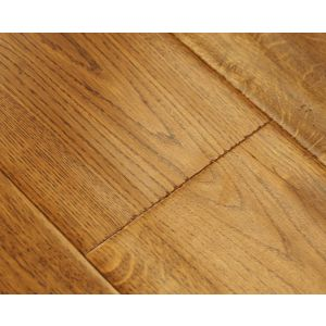 Golden oak handscraped lacquered engineered wood flooring